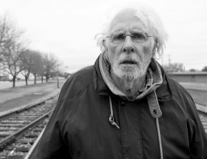 Movie review: In 'Nebraska,' Bruce Dern walks away with the ...