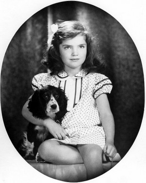 Jacqueline Bouvier was the wife John F. Kennedy, the 35th President of ...
