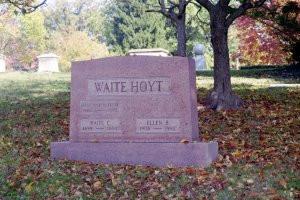 Waite Hoyt Grave