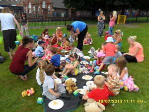 Displaying 18> Images For - Church Picnic In The Park...