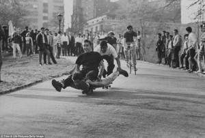 New York skate of mind: Photographs that show how skateboarding swept ...