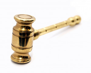 golden gavel : Free Stock Photo