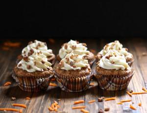 Carrot-Cupcakes-512-PB110512.jpg