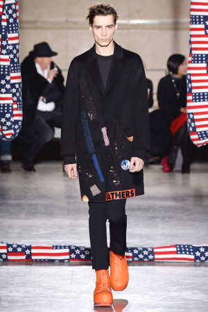 Raf Simons Menswear - Fall/Winter 2014/15 Collection | Event - Paris ...