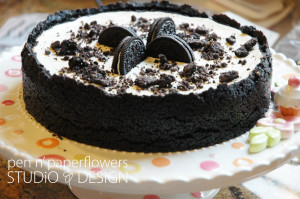 an absolutely delicious oreo cheesecake my mom made...YUM!!