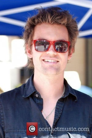 Tyler Hilton Pictures