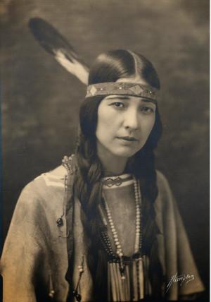 Native_american_women.jpg