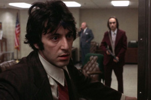 Al Pacino dans le film de 1975 Dog Day Afternoon .