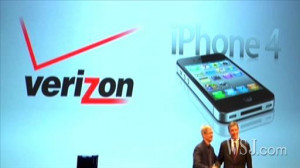 Walt Mossberg compares the new Verizon iPhone 4 to an AT&T iPhone 4 ...
