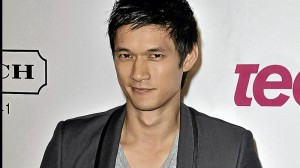Inquirer.net: 'Glee' scores with 'Asian F' episode [10/08/11 ...