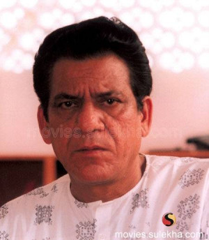 Om Puri recovers from typhoid, out of hospital