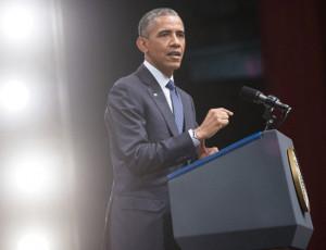 US President Barack Obama quotes SRK's famous 'DDLJ' dialogue