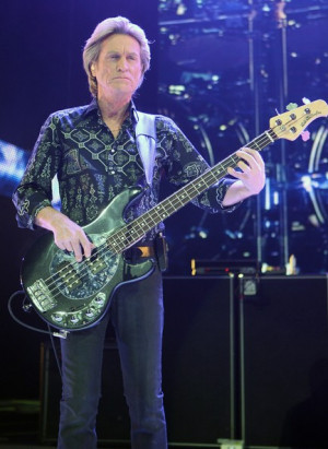 Journey In Concert At Planet Hollywood - Pictures - Zimbio
