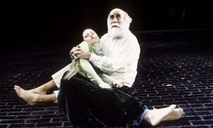 Warren Mitchell in King L 010 jpg