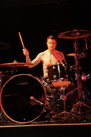 Displaying 19 Images For Andy Hurley Fall Out Boy