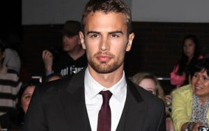 Divergent' Star Theo James Cast As Lead in Fifth 'Underworld ...