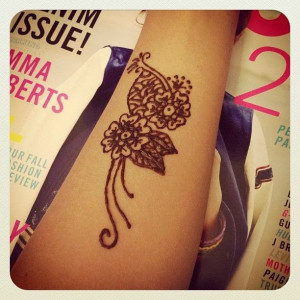 Cute Flower Henna Tattoo on Hand for Women Cool Tattoo Designs