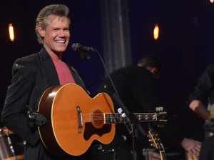 Randy Travis' New Album Released Early On iTunes!