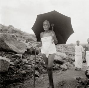 Bhagavan Ramana Maharshi, Maharshi in Arunachalam, Arunachalam Hill ...