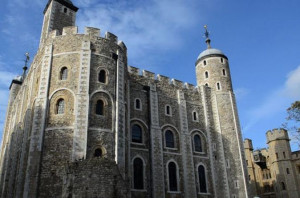 ... london-walking-tour-of-the-tower-of-london-and-tower-in-london-118171