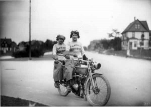 Biker Chicks, circa 1912