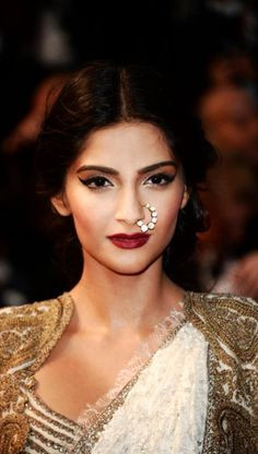 Sonam Kapoor looks great! Catch the latest beauty trends on the ALL ...