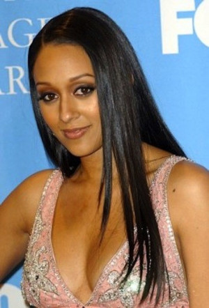 tia mowry s facts name tia mowry age 37 years date of birth july 06 ...