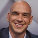 famouswiki com michael symon net worth and total assets