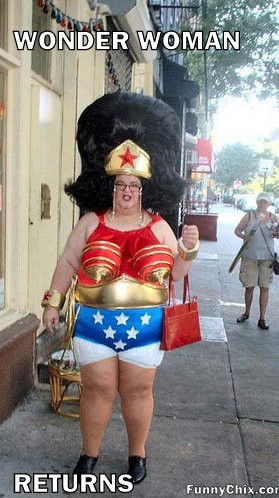 wonder woman returns tags funny pictures wonder woman