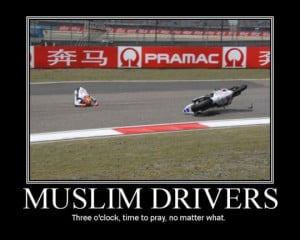 ... -funny-motorcycle-pics-funny-motorcycle-driver-accident-praying.jpg