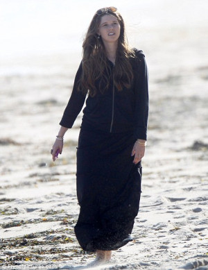 Brave Maria Shriver ventures out for sad walk on the beach as daughter ...