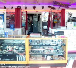 BLUZ TATTOOZ Milledgeville Georgia Tattoo Parlor, Bluz Tattoos & Body ...