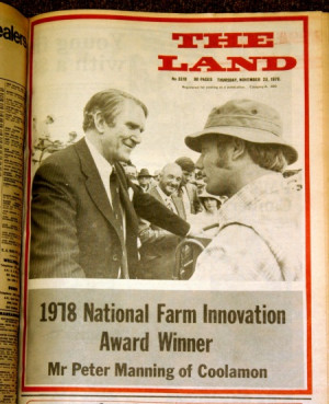 PM Malcolm Fraser with Farm Innovation Award winner Peter Manning ...