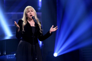 Awesome and Influential Quotes by Stevie Nicks   MAKERS