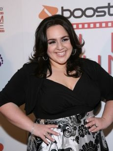 Nikki Blonsky looking fabulous in IGIGI by Yuliya Raquel ...