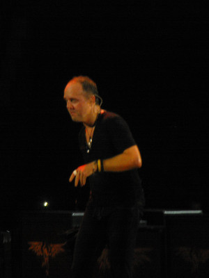 how to get in contact with lars ulrich
