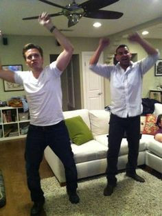 Seamus Dever and Jon Huertas.....BFF's n real life! They're awesome ...