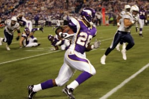 Adrian Peterson Trade Rumors: Dallas Cowboys, Darren McFadden Deal ...