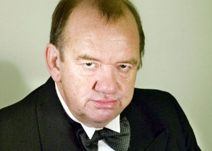 ... confused with mel smith for a moment easily done mel smith mel gibson