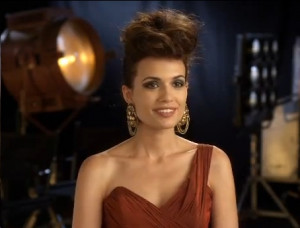 Torrey DeVitto Previews Meredith Fell's Role in The Vampire Diaries ...
