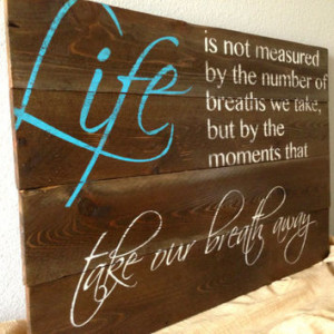 Rustic Distressed Reclaimed Pallet Wood Sign - Family Room Sign ...