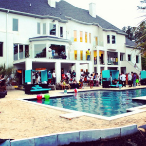 Backyard pool party #summer by anderlihmi