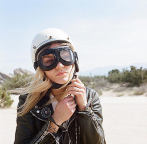 womens-motorcycle-exhibit-kasey