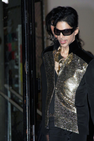 Prince+Singer+Prince+Leaving+Yves+Saint+Laurent+5HloWbjONrrl.jpg