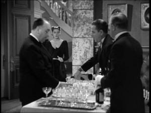 Quel est ce film datant de 1946, où Hitchcock fait un caméo ?