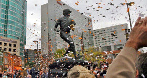 brooks robinson statue dedication ceremony at brooks robinson plaza in