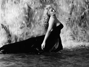 Sack Dress from La Dolce Vita , 1960