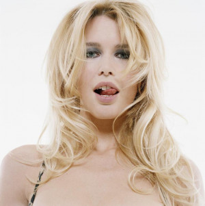 Claudia schiffer blonde hair
