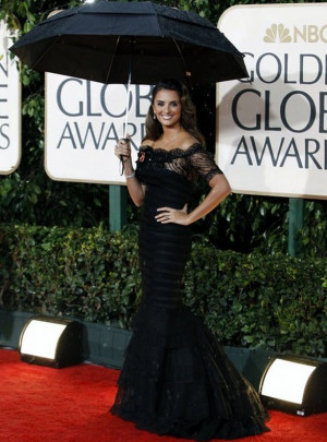 Penelope Cruz donned her high-end diamond bracelet to the NBC Golden ...