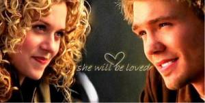 Lucas(Chad Michael Murray) et Peyton(Hilarie Burton)